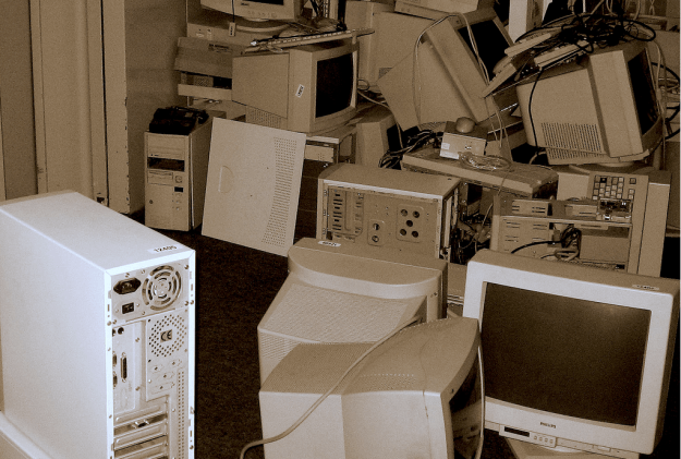 do you need some hardware? by Thomas Claveirole via Flickr