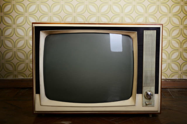 tv predicted to surpass pc as top online video platform old