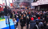 Nintendo Super Mario 3D Land Time's Square - Huge crowd