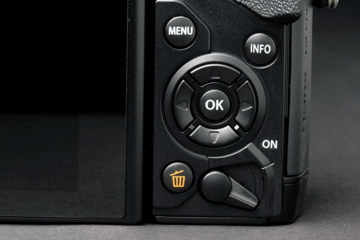olympus om d e m  review way control