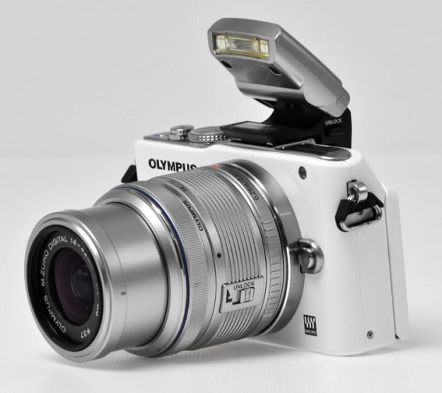 Olympus-Pen-E-PL3-front-angle-flash