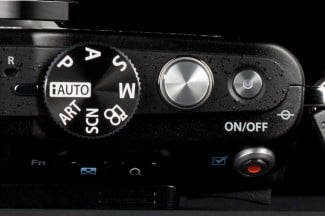 Olympus-PEN-E-PL5-Review-controls