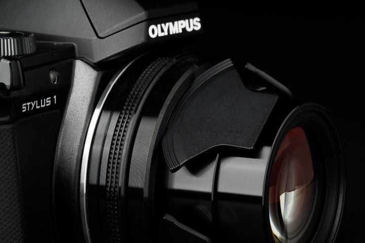 olympus stylus  review front right macro