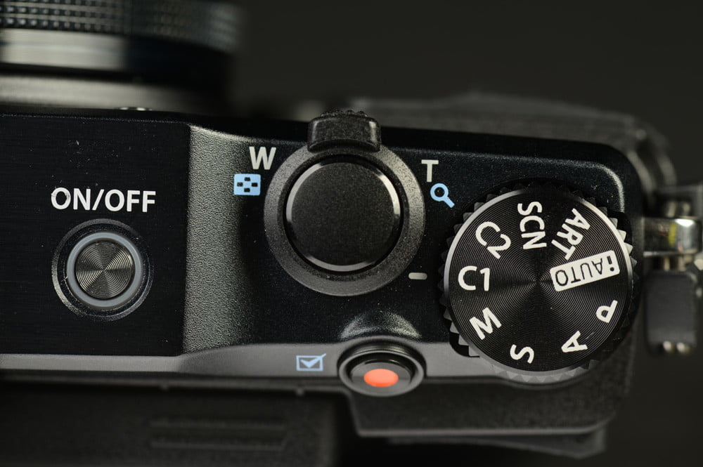 Olympus Stylus XZ 2 iHS Review digital camera top dials
