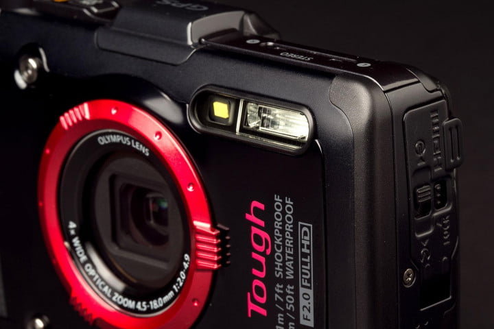 olympus tough tg  ihs review camera flash angle