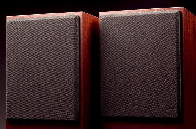 Omega-Speaker-Systems-Super-3T-Review-top-speakers