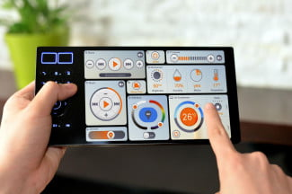 Oomi Touch Control