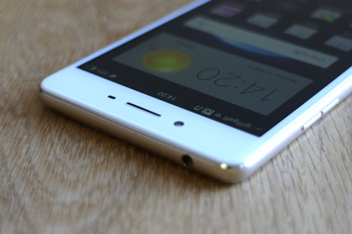 oppo f  review top screen angle