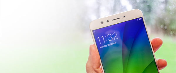 The Oppo F3 Plus' fantastic dual-lens selfie cam will keep your narcissistic side sated