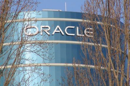 Oracle says your old Java