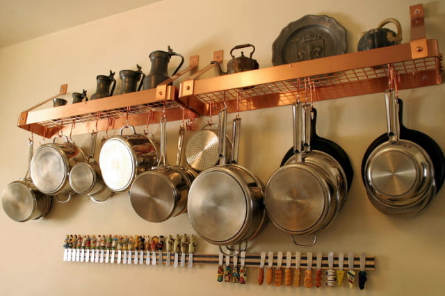 major mom is a company of professional organizers organized kitchen pots and pans