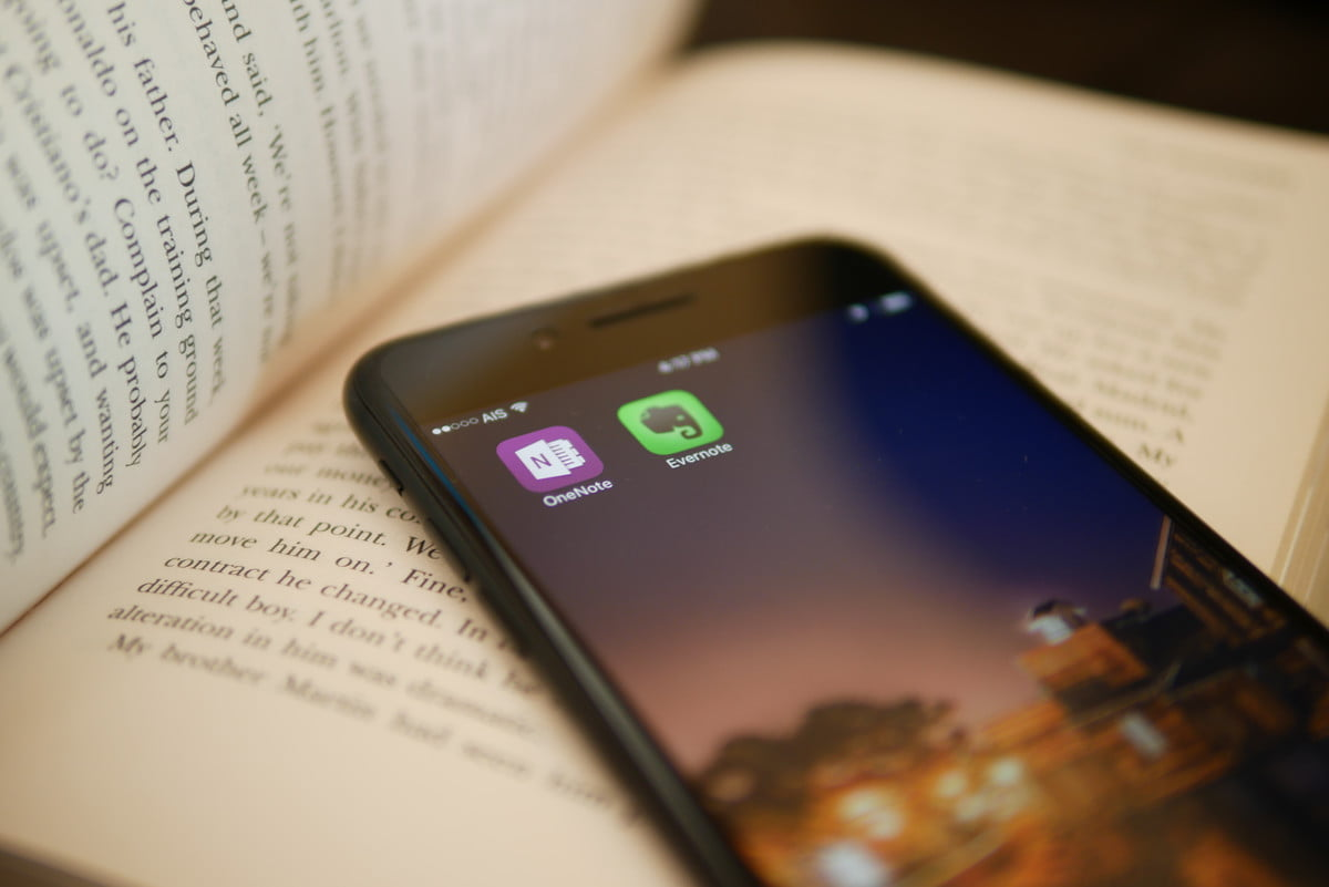 Evernote vs OneNote: Battle of the note-taking apps