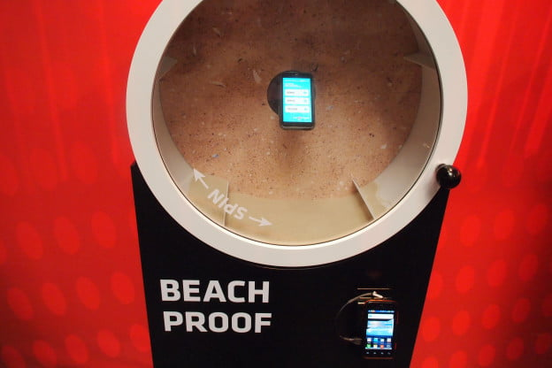 Motorola Defy Mini - Beach Proof