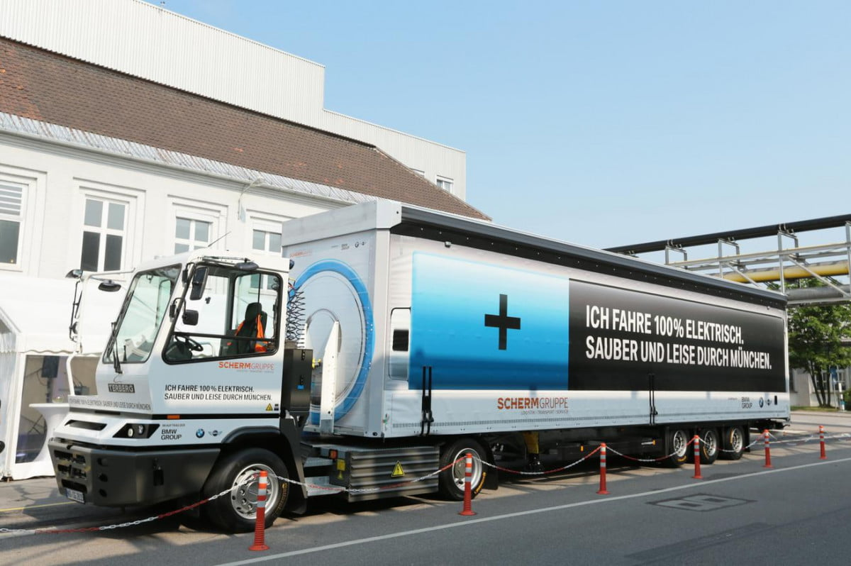 bmw all electric semi truck pictures news tractor trailers