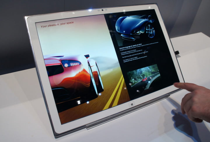 panasonic  inch k windows tablet hands on