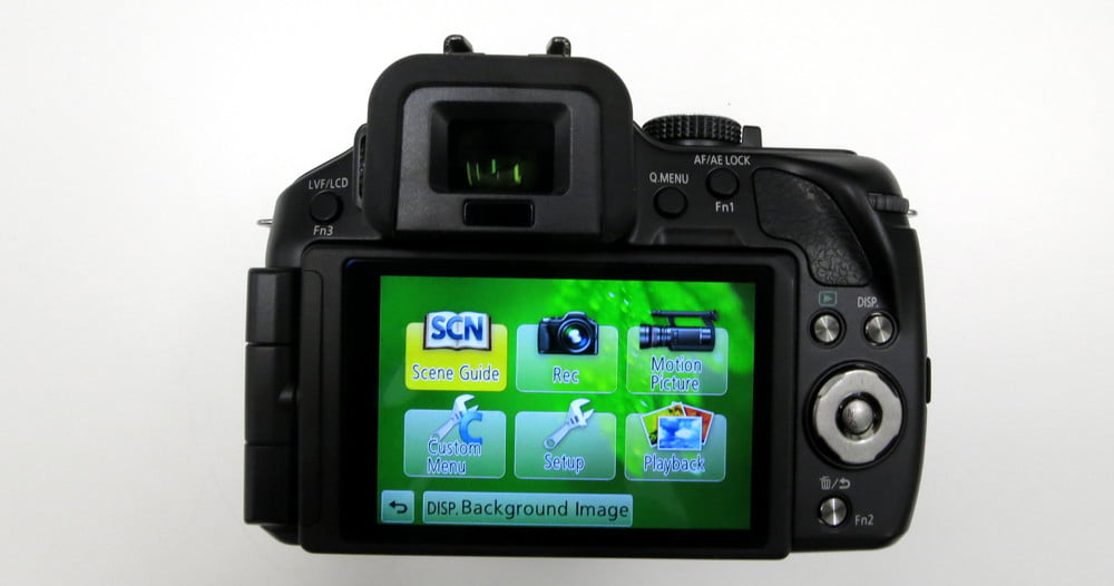 Panasonic Lumix DMC G5K review screen back