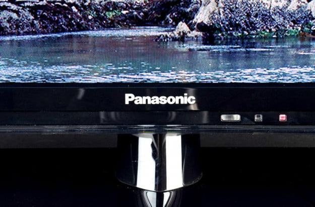 Panasonic-TC-L39-review-logo
