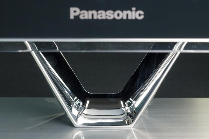 Panasonic TC P60zt60 review base front