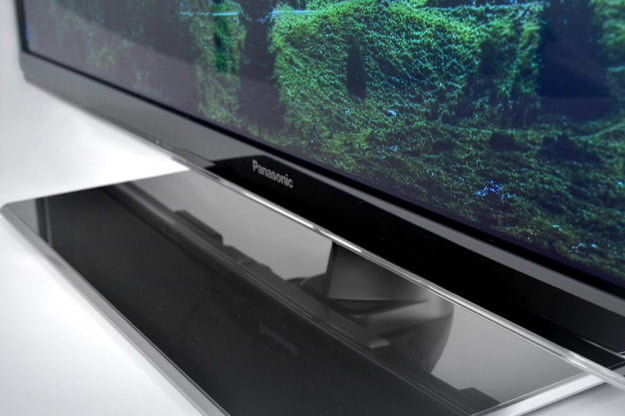 Panasonic VIERA TC P55ST50 review d3d plasma tv base and screen