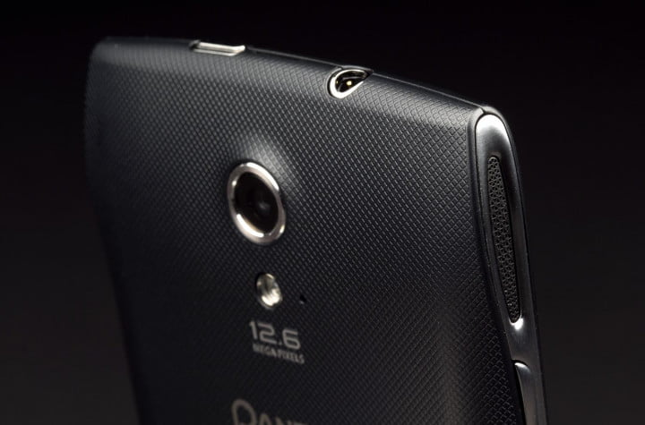 pantech discover review phone back right macro