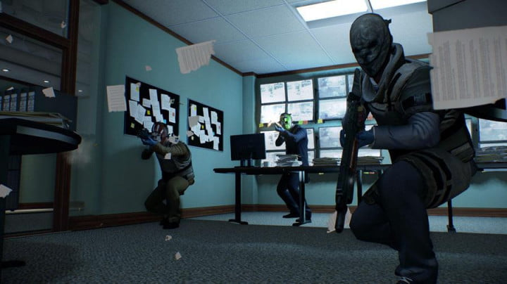 payday  review screenshot office monitor room