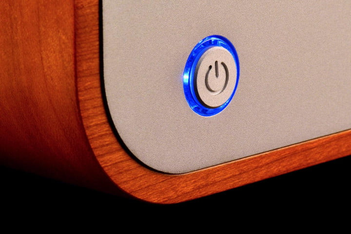 peachtree audio decco  review amplifier power button
