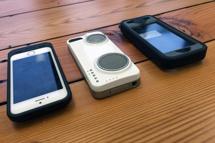peri duo iphone case hands on with speaker