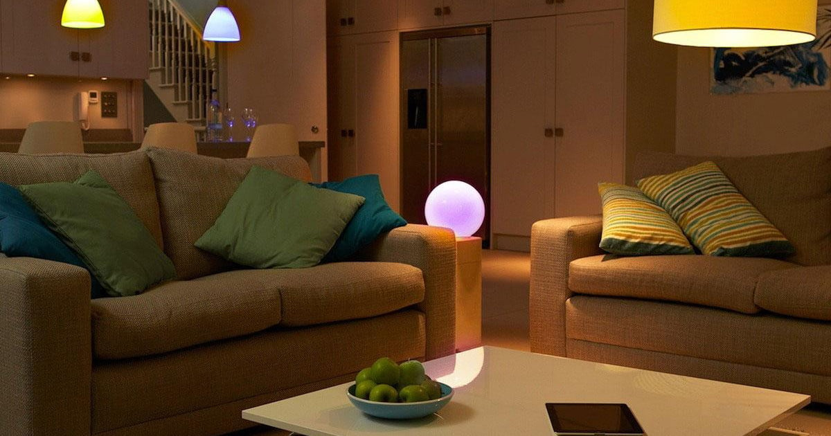 Amazons Alexa Can Finally Change The Color Of Your Lights