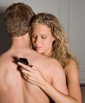 phone-check-significant-other