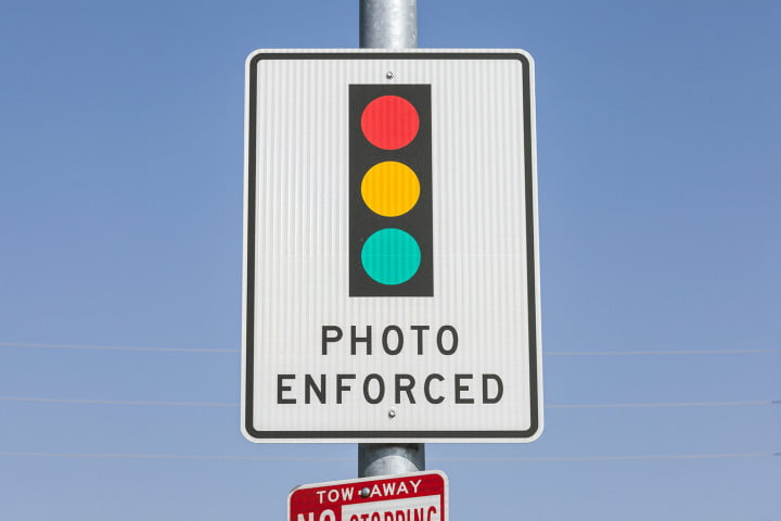 red light camera research paper Red light camera summary report 2 december 17, 2013 (rev january 8, 2014) introduction section 3160083(4)(b), florida statutes, directs the department of highway safety and motor vehicles.