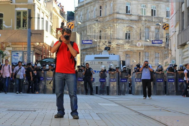 court cases involving photographers photographer at protest