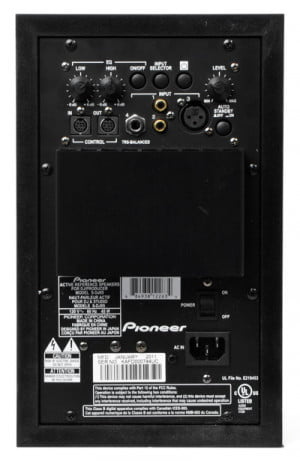 pioneer-s-dj05-black-rear-ports