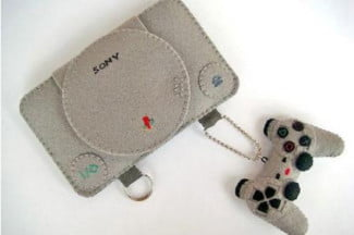 playstation-iphone-case