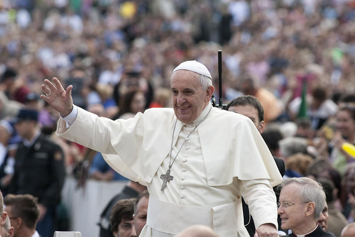 pope ipad sold at auction news francis