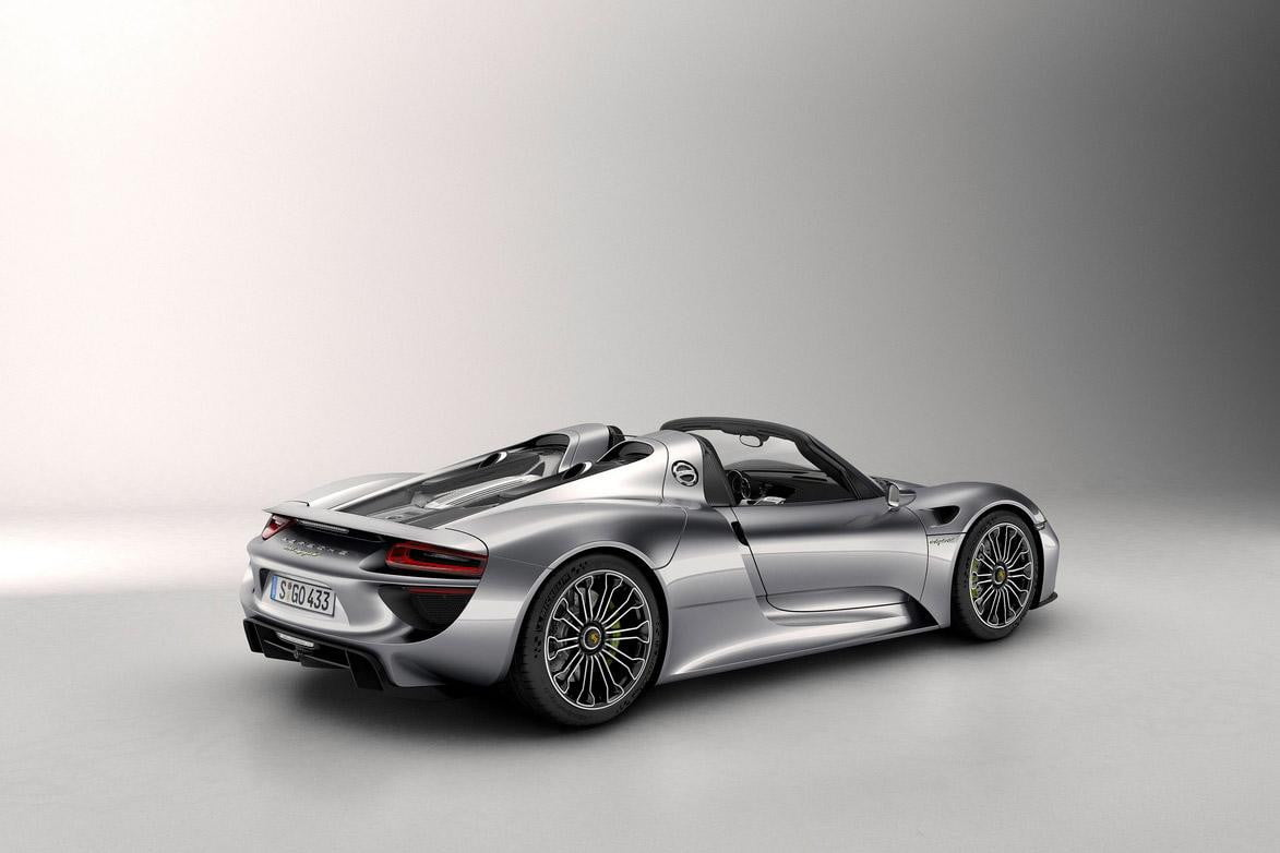 frankfurt  porsche spyder hybrid looks like a million bucks because it is backprofile