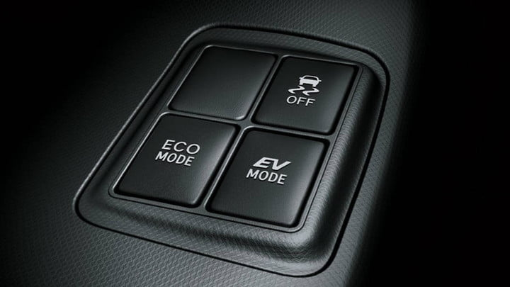 prius-c-driving-mode-switches-940x529
