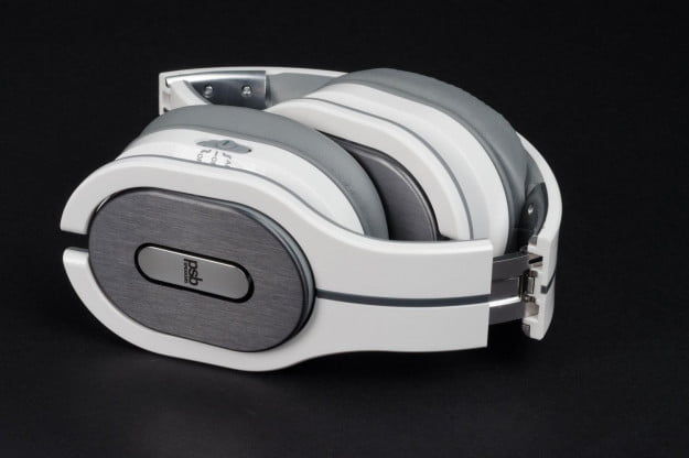 PSB-M4U-2-headphone-folded