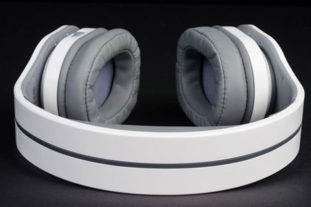 PSB-M4U-2-headphone-top-view