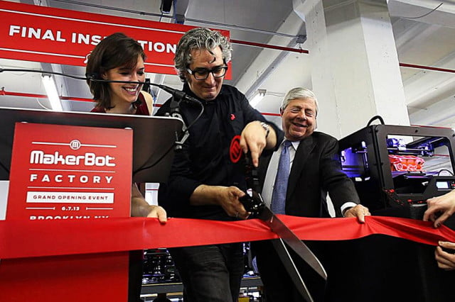 PTL Bre Pettis of Makerbot Cuts Ribbon to New Factory