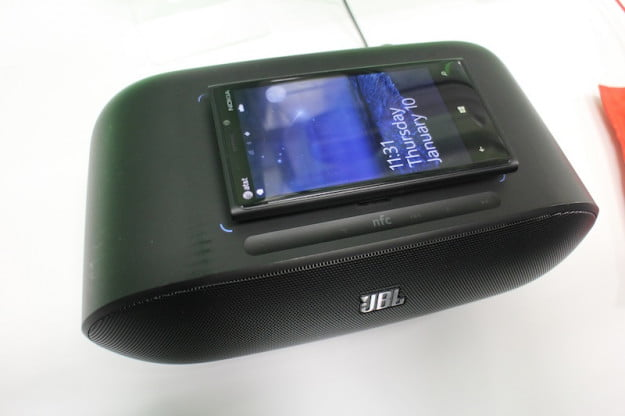 Qi Wireless charging music dock