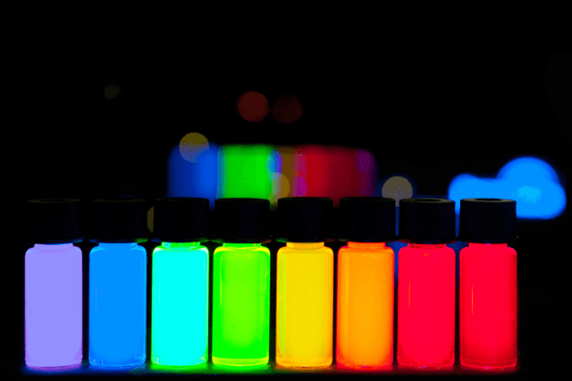 new optical chip can switch between states  billion times each second quantum dots