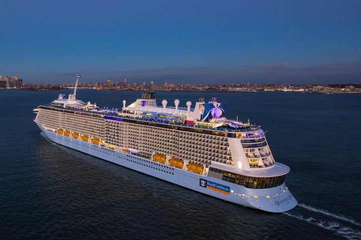 worlds largest cruise ships quantum of the seas