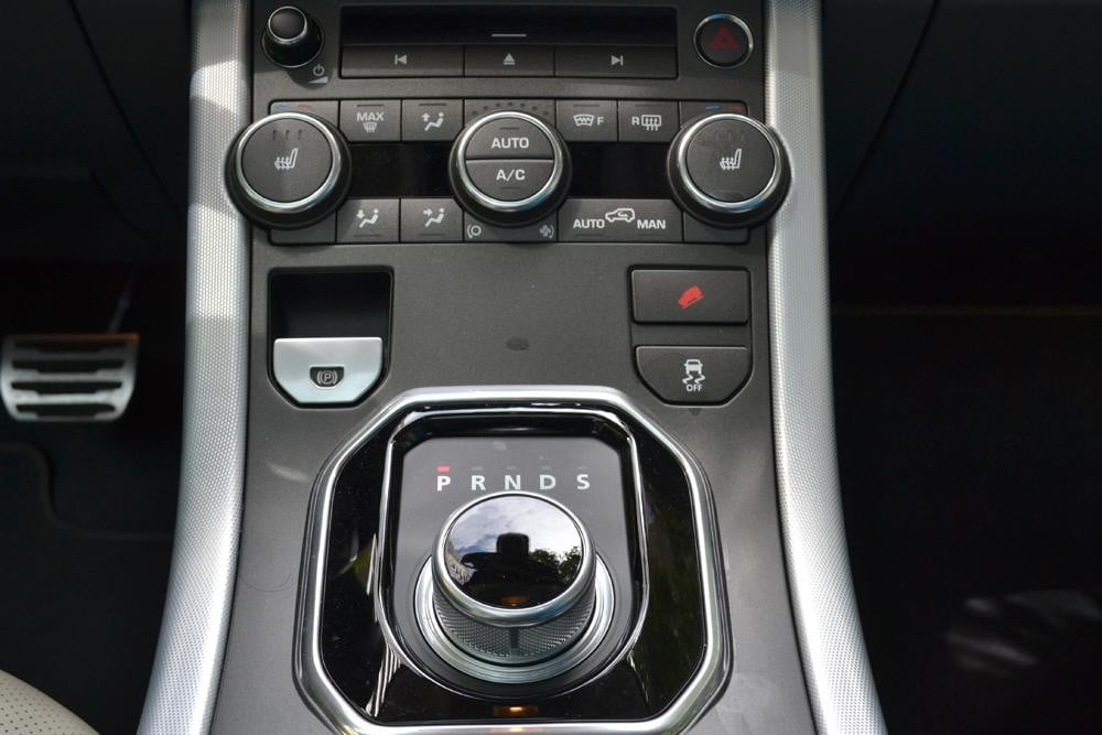 Rang Rover Evoque gear dial 2012 review