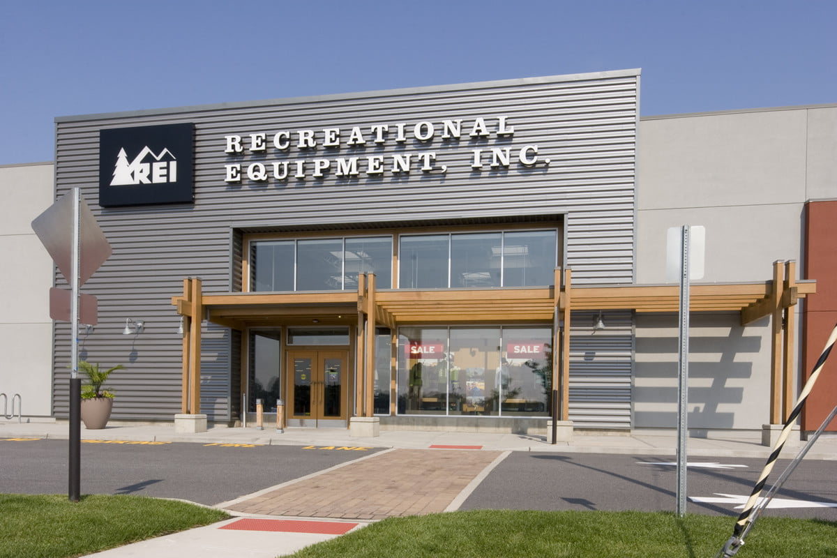 rei will close all stores on black friday encourage online shoppers to go outside store