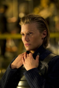 Sackhoff's Dahl is the toughest of the hunters pursuing Riddick