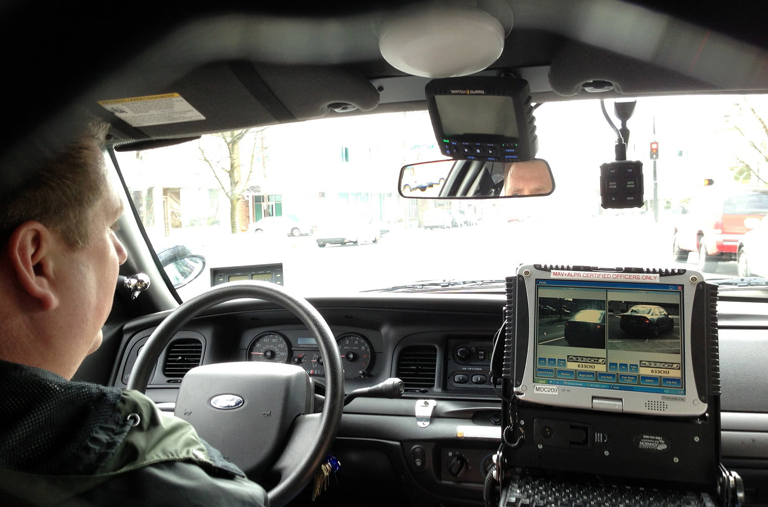 ride shotgun in the high tech cop cruiser you don 39 t want in your rearview mirror digital trends. Black Bedroom Furniture Sets. Home Design Ideas