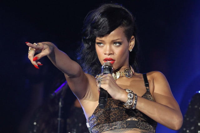 new rihanna album expected to drop friday on tidal