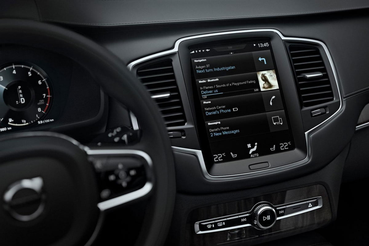 why car infotainment systems lag behind smartphones volvo sensus connect