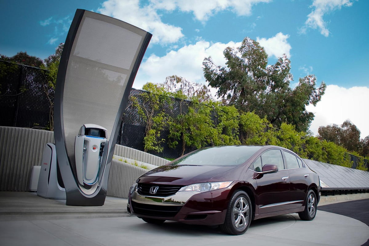 are hydrogen fuel cell vehicles a replacement for evs we asked an expert honda solar station