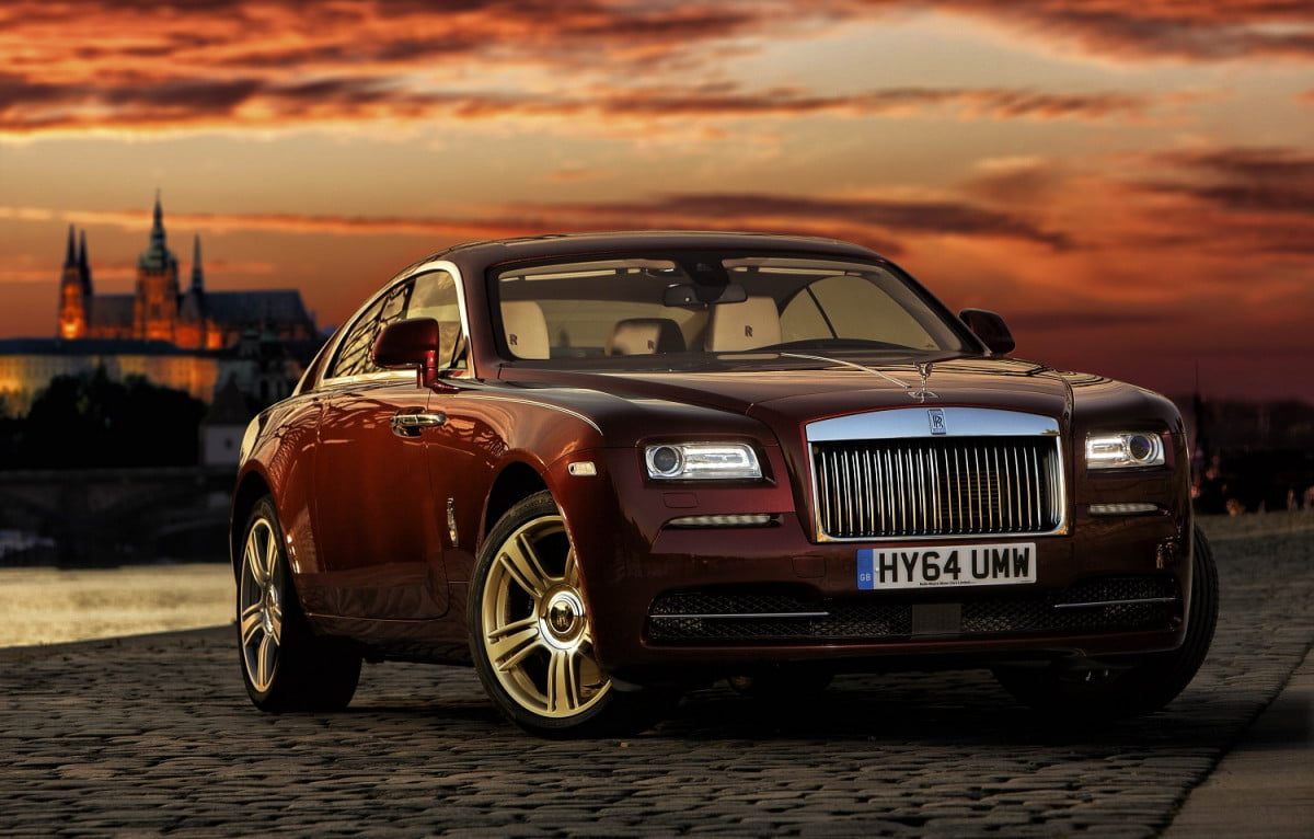 rolls royce rules out small car news reports wraith sky